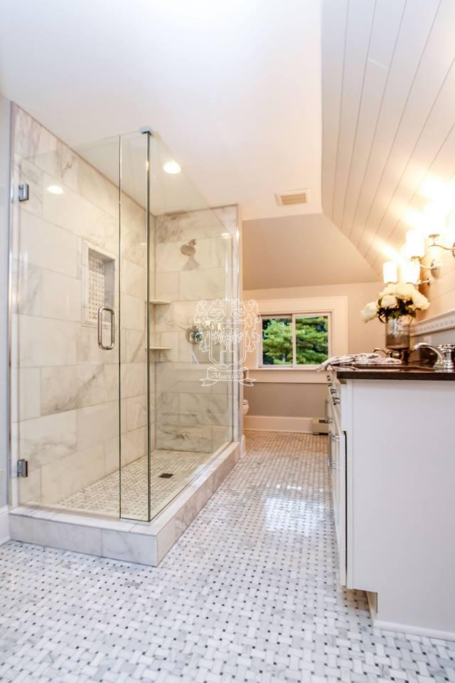 Shorewood Master Bath Marble and Mosaics - Mucciolo Tile