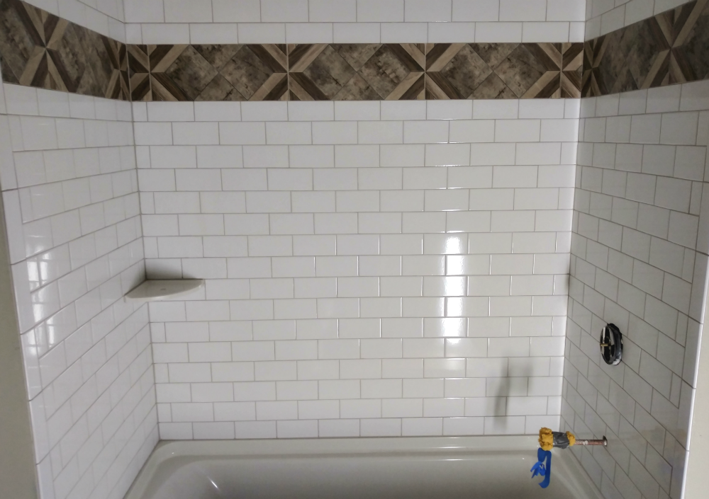 Tub surround, Brookfield, WI - Mucciolo Tile