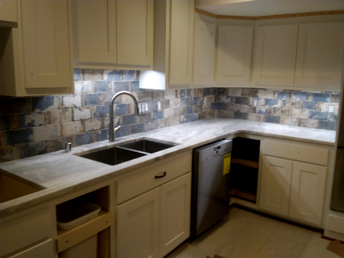 Hartland Kitchen Backsplash - Mucciolo Specialty Tile